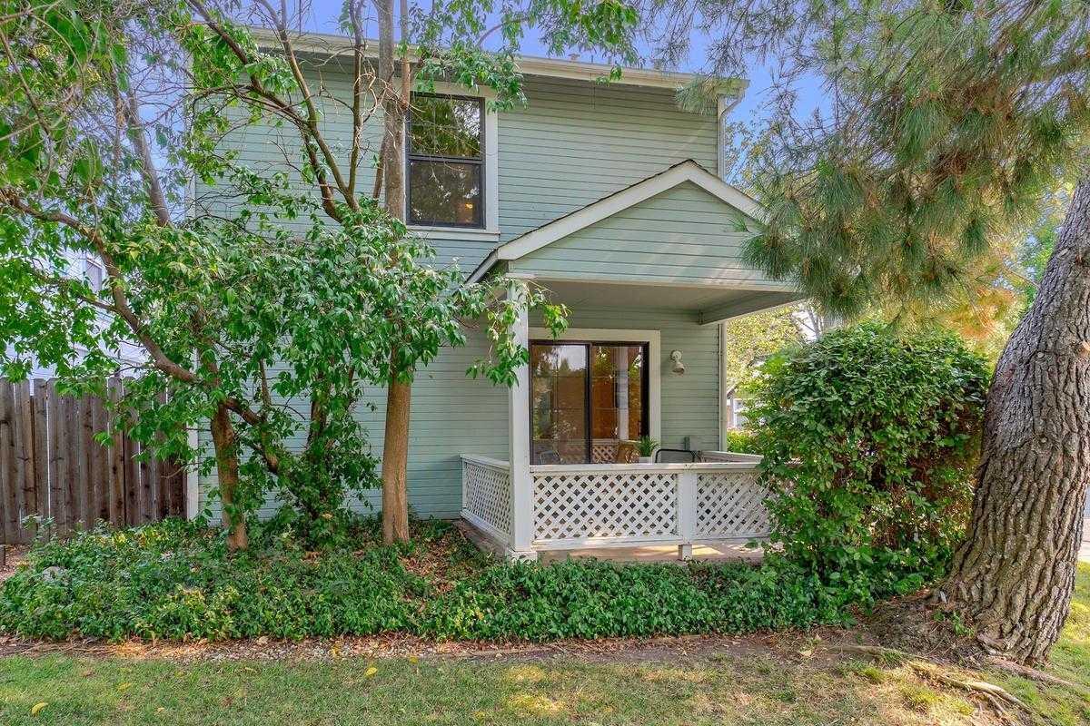 $569,000 - 3Br/2Ba -  for Sale in Davis