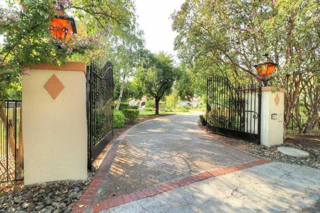 $1,250,000 - 5Br/6Ba -  for Sale in Del Paso Country Club, Sacramento