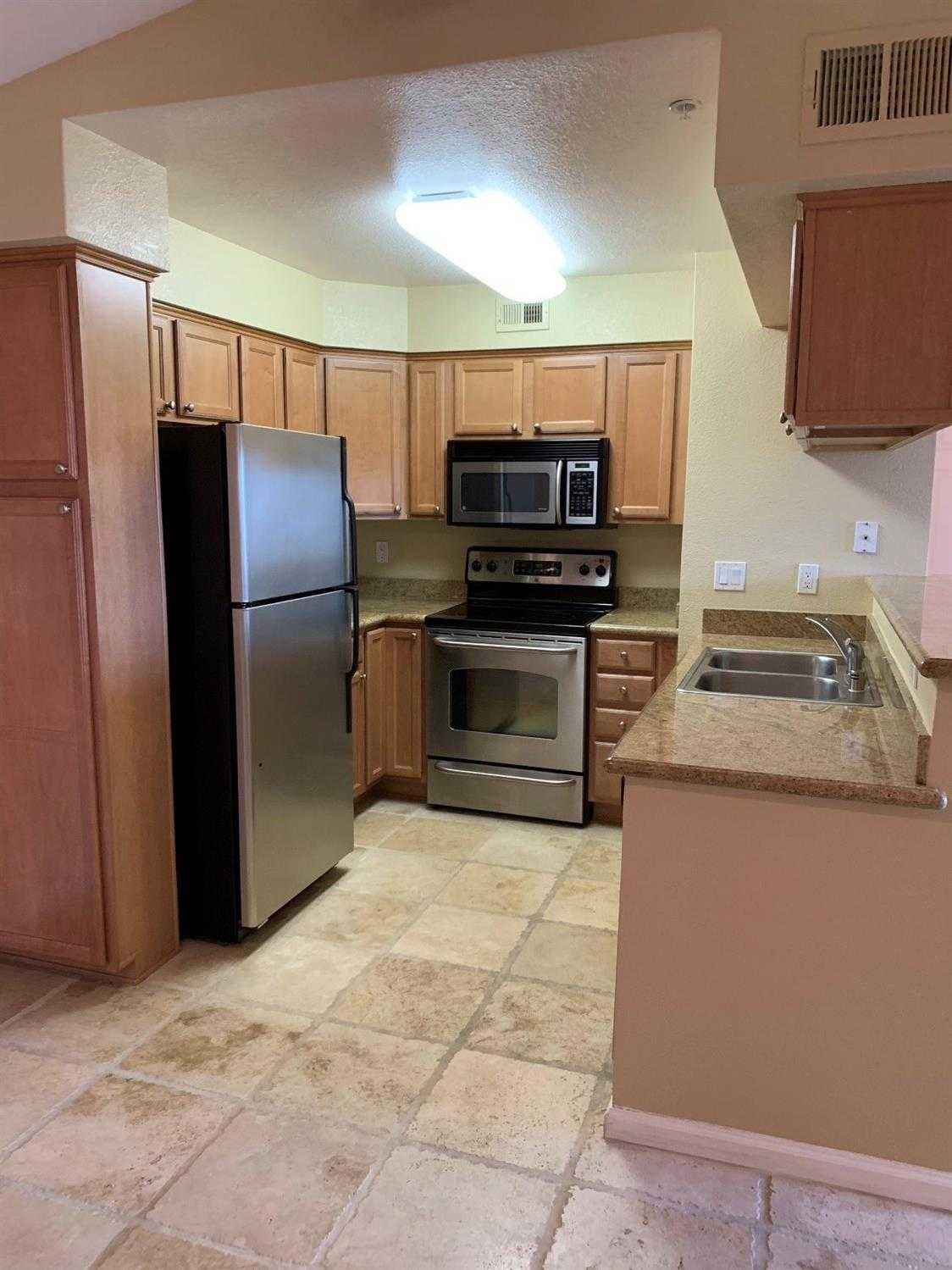 $245,000 - 1Br/1Ba -  for Sale in Folsom