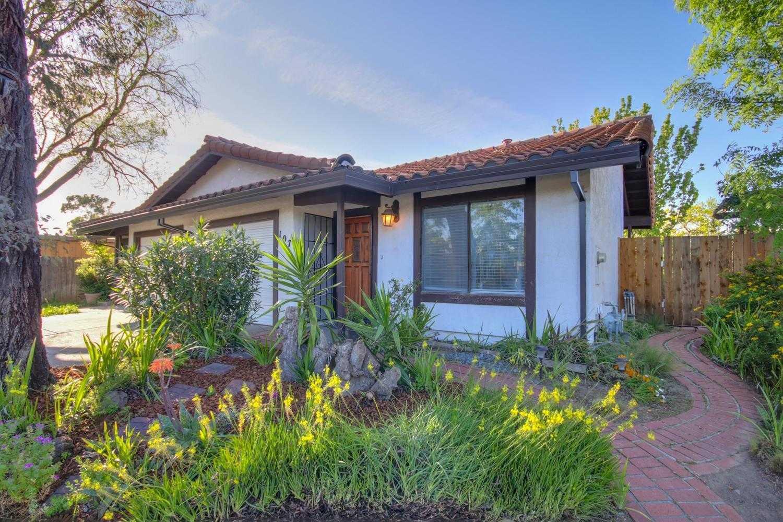 $499,000 - 3Br/2Ba -  for Sale in Davis