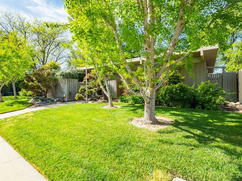 $749,000 - 4Br/2Ba -  for Sale in Davis