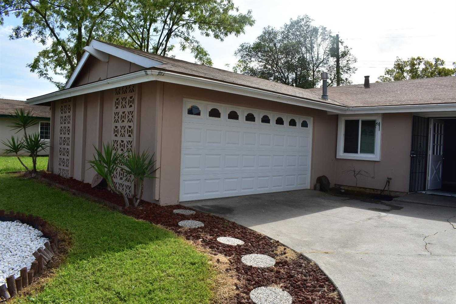 $249,900 - 3Br/2Ba -  for Sale in Sacramento