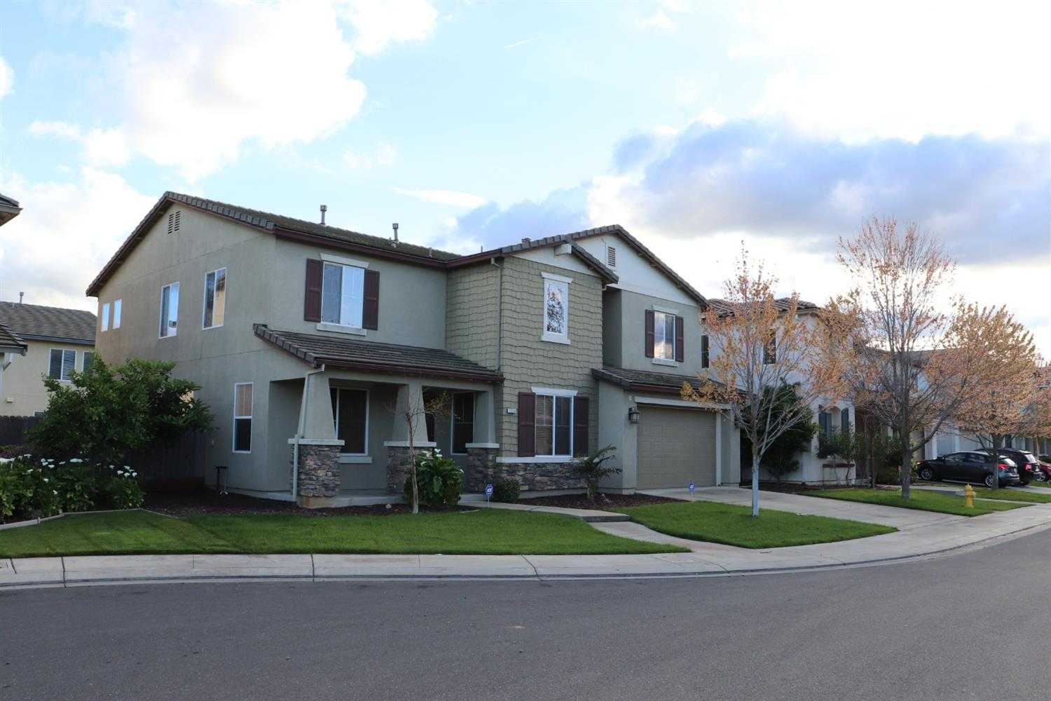 $399,995,000 - 4Br/4Ba -  for Sale in Merced
