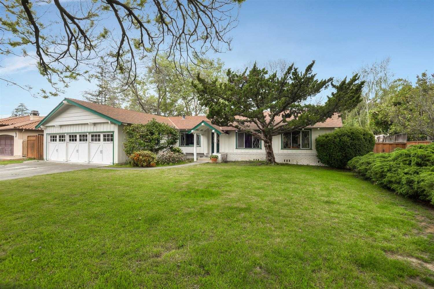 $2,798,000 - 3Br/2Ba -  for Sale in Los Altos