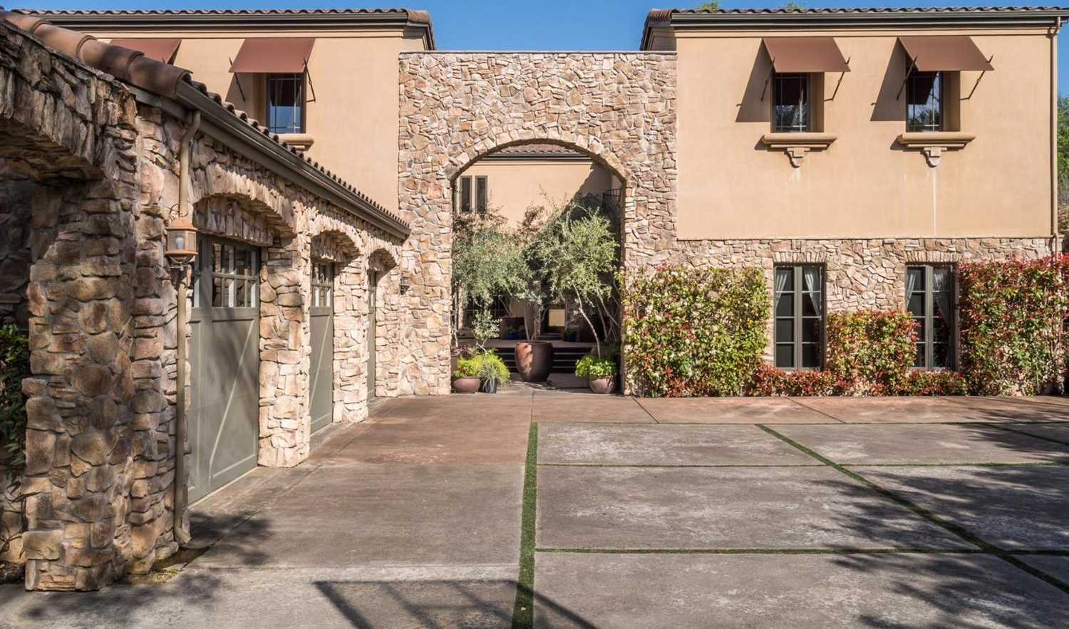 $1,895,000 - 5Br/7Ba -  for Sale in Loomis