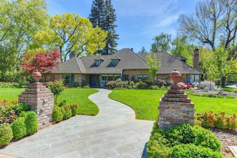 $2,800,000 - 5Br/4Ba -  for Sale in Sacramento