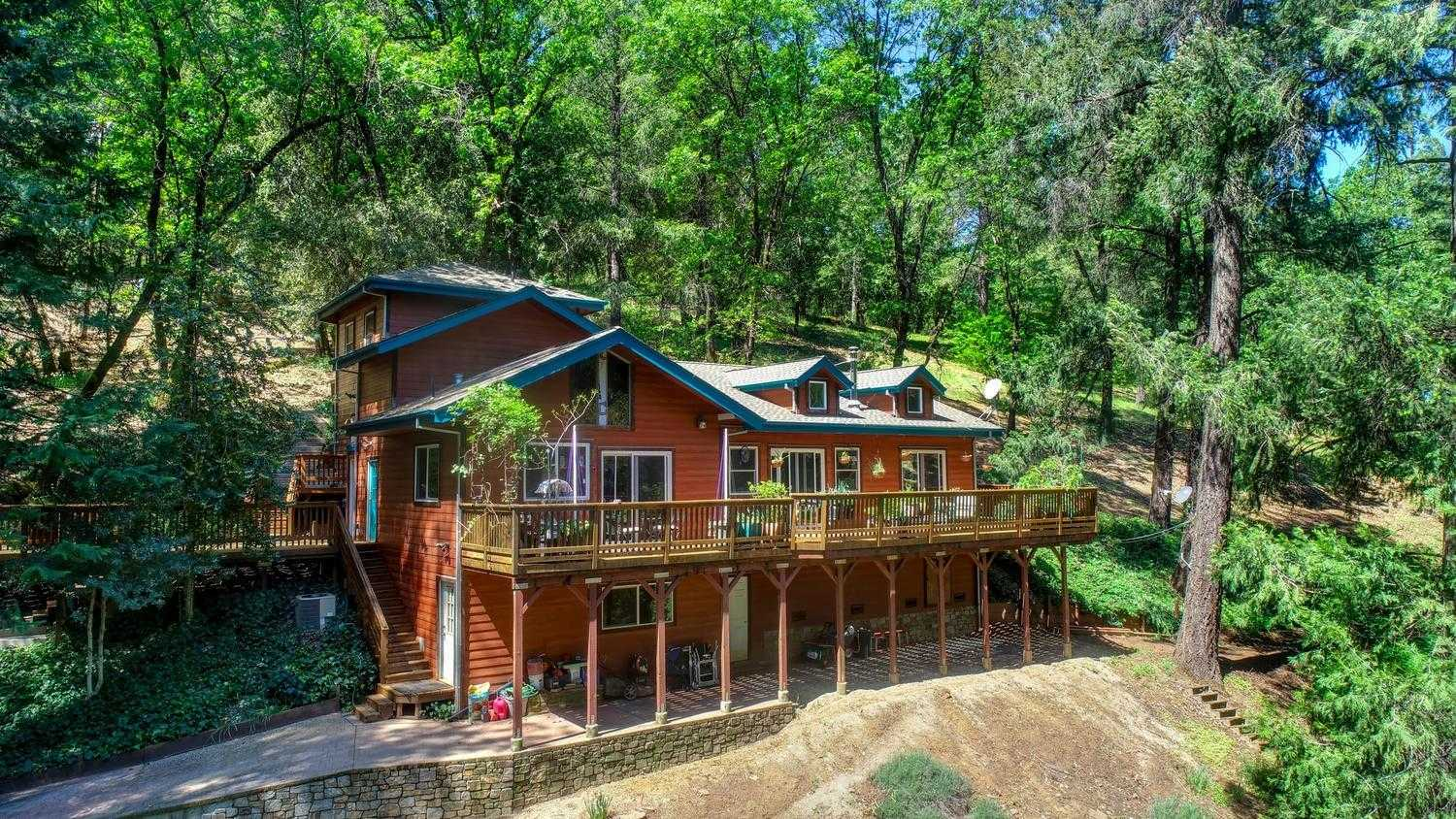 $575,000 - 3Br/3Ba -  for Sale in Placerville
