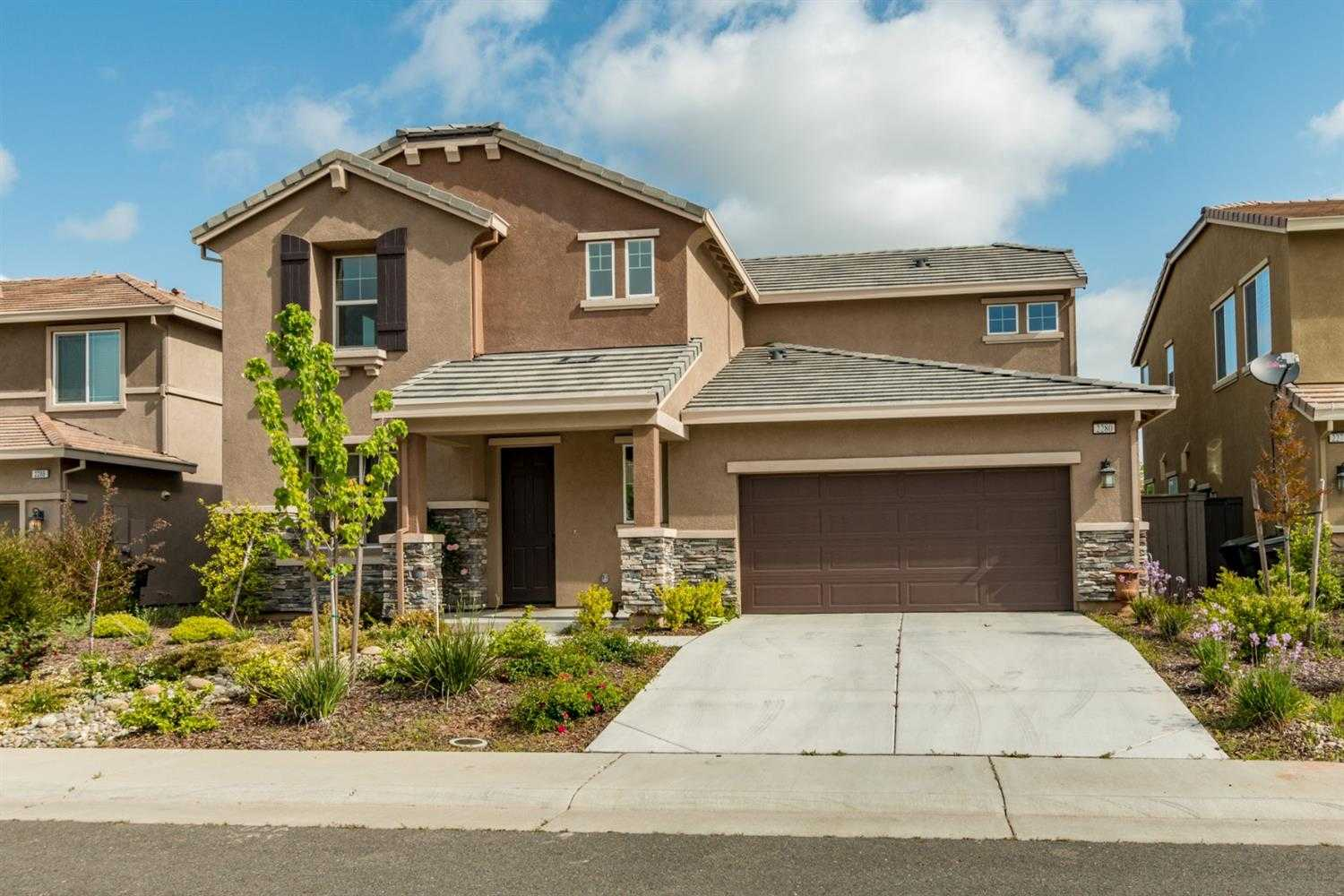 2280 Stansfield Dr Roseville, CA 95747