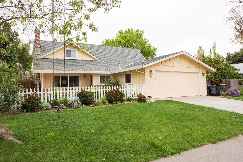$719,000 - 3Br/2Ba -  for Sale in West Manor, Davis