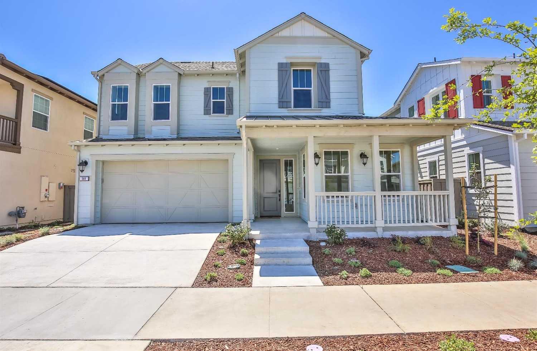 $1,029,000 - 4Br/3Ba -  for Sale in Davis