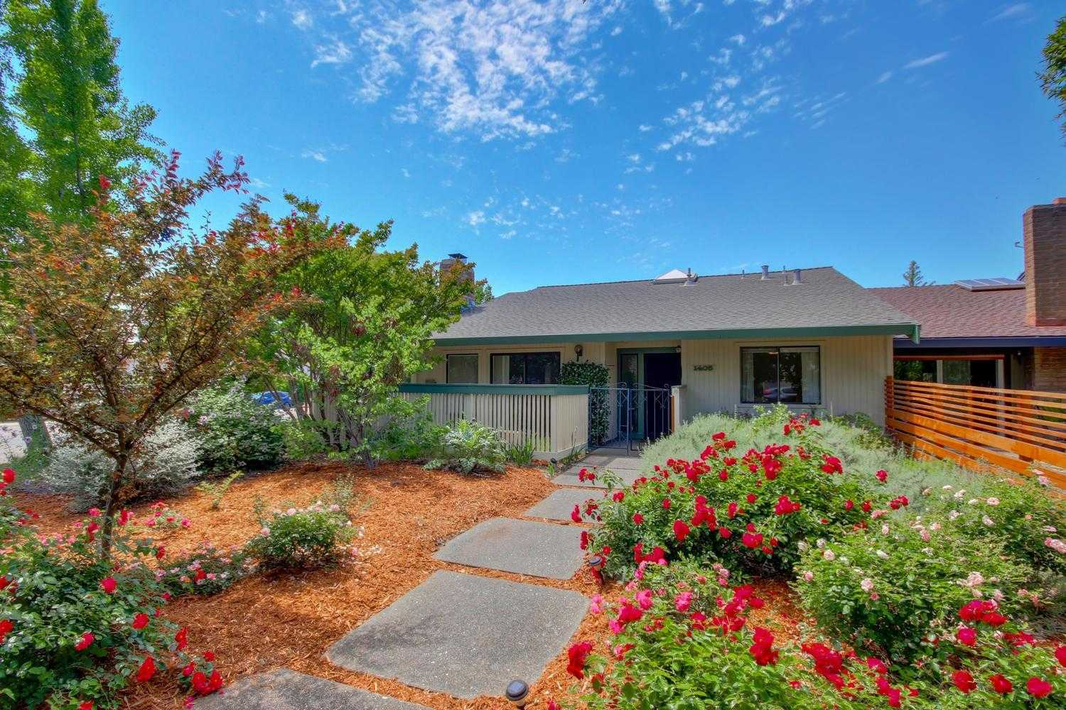 $625,000 - 2Br/2Ba -  for Sale in Davis
