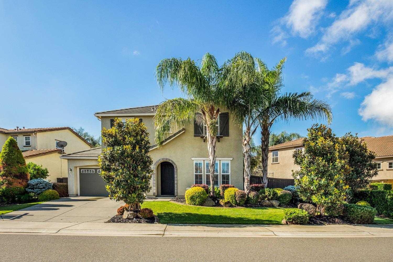 $479,800 - 4Br/3Ba -  for Sale in Riverbend, Sacramento