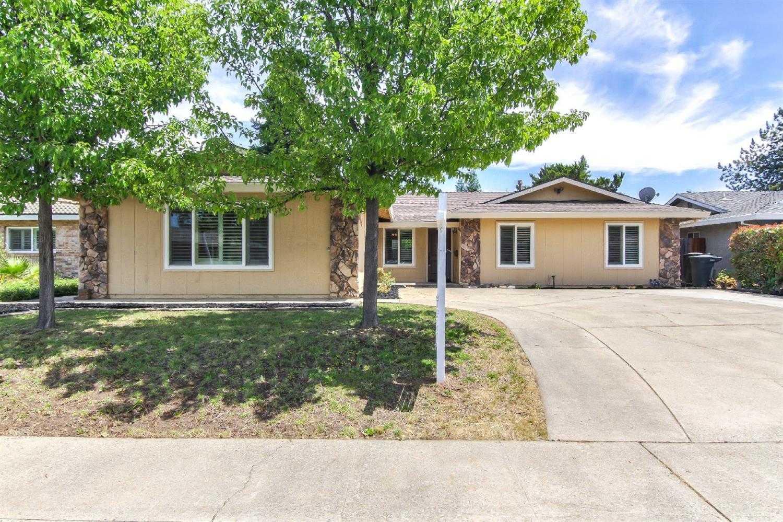 $459,900 - 3Br/3Ba -  for Sale in Sierra Gardens #11, Roseville