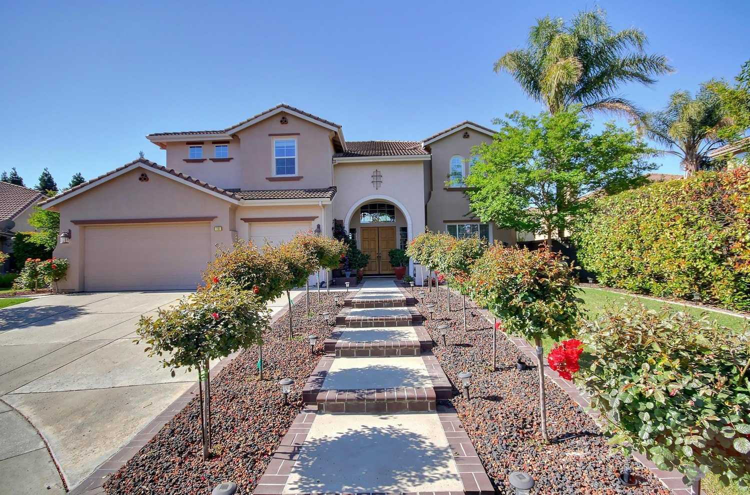 $742,000 - 4Br/3Ba -  for Sale in Northpointe Park, Sacramento