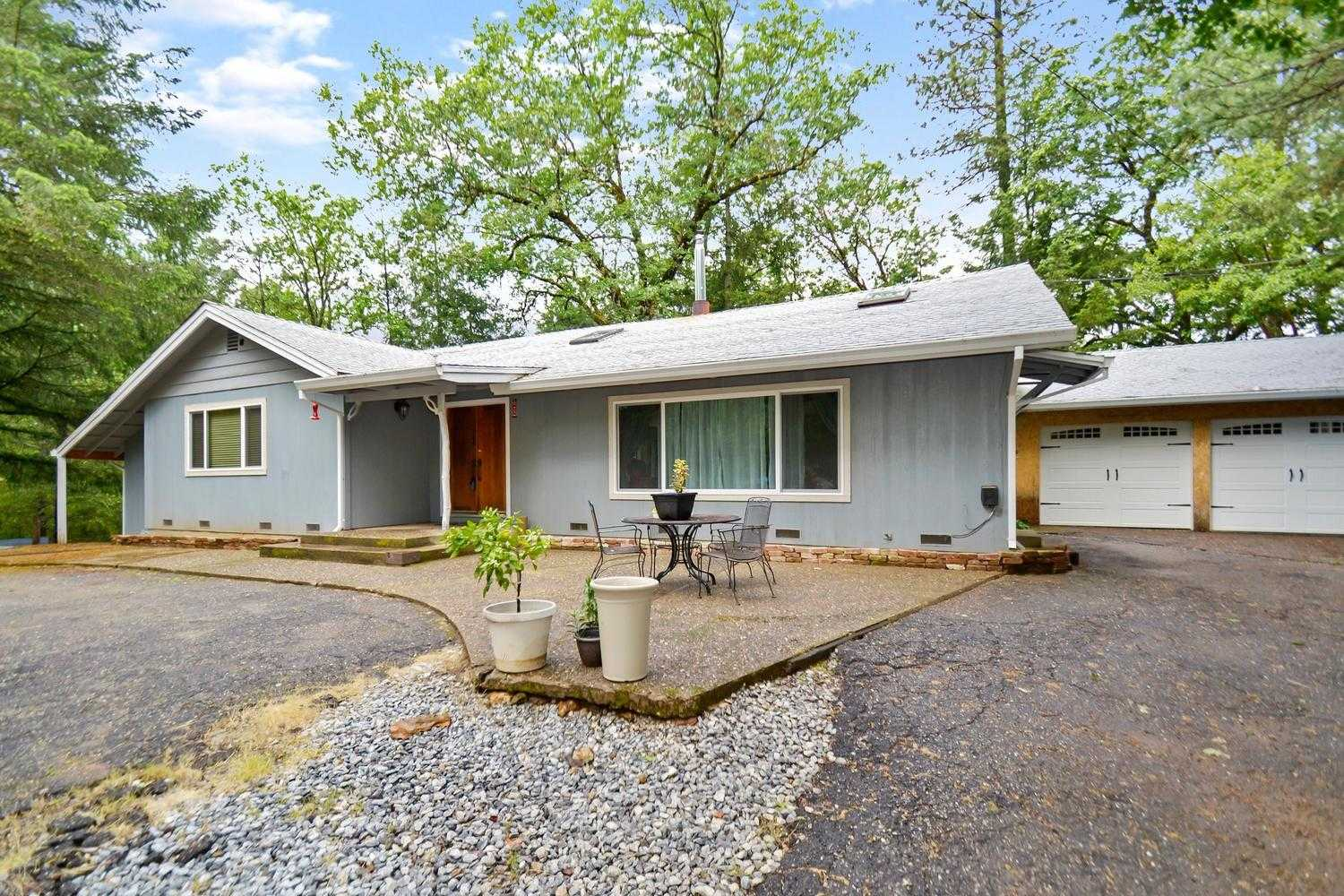 $329,000 - 3Br/2Ba -  for Sale in Pioneer