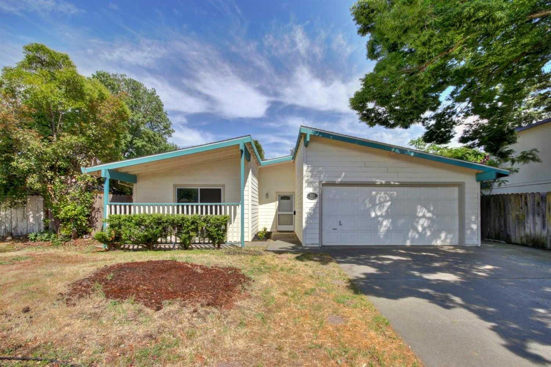 $580,000 - 3Br/2Ba -  for Sale in University Village 01, Davis