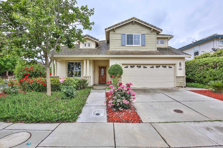 $929,000 - 5Br/3Ba -  for Sale in Davis