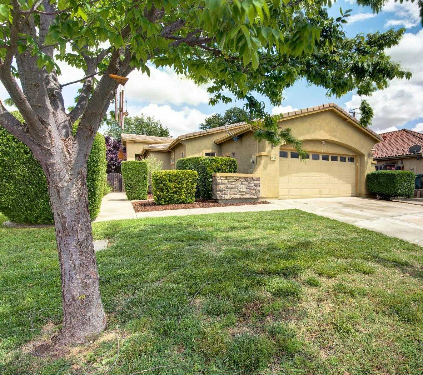 Photo of  1257 Red Leaf Way