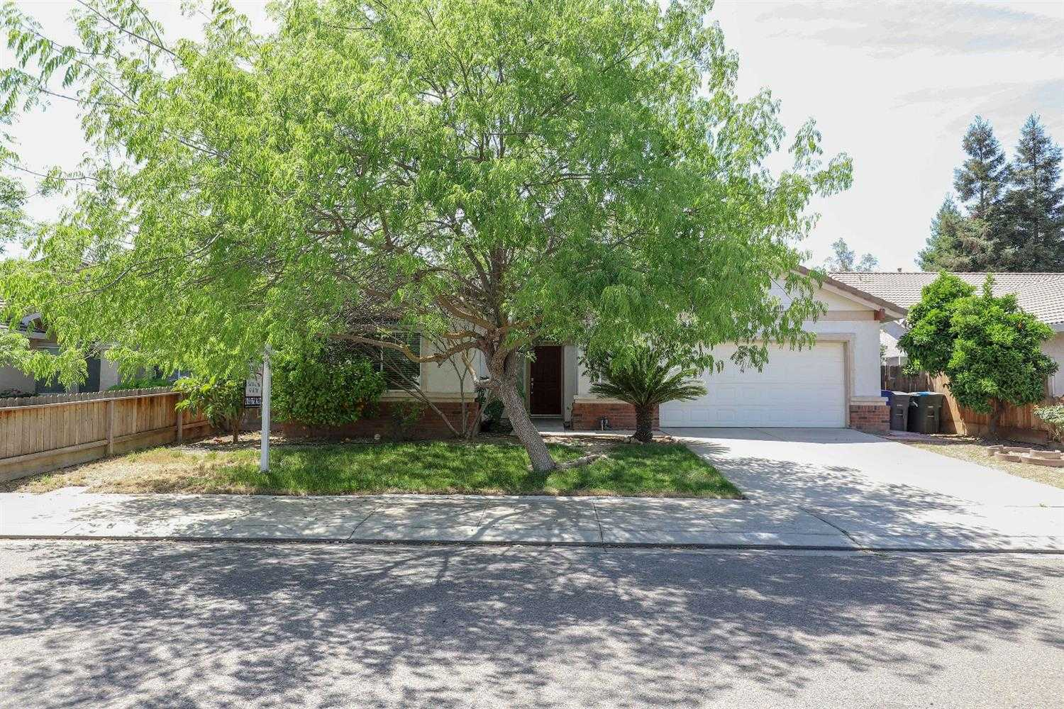 $303,000 - 3Br/2Ba -  for Sale in Merced