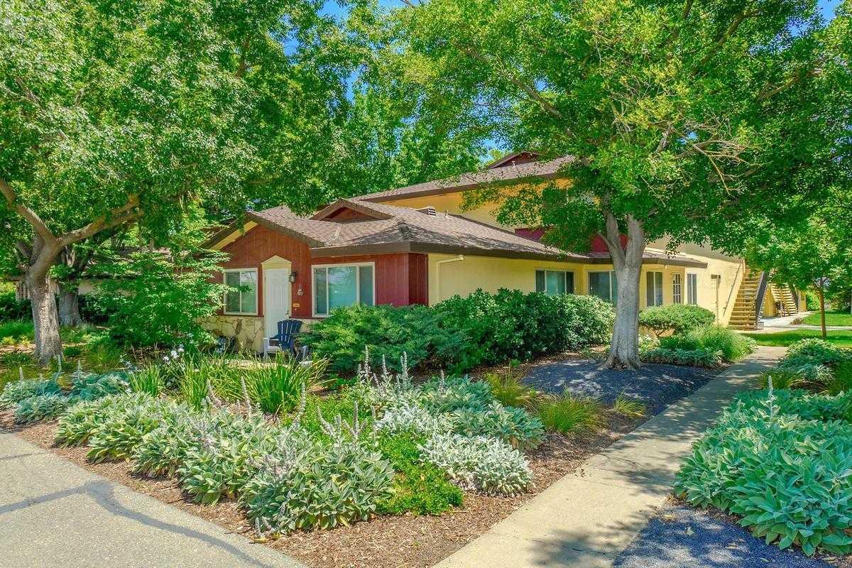 $285,000 - 2Br/1Ba -  for Sale in Davis