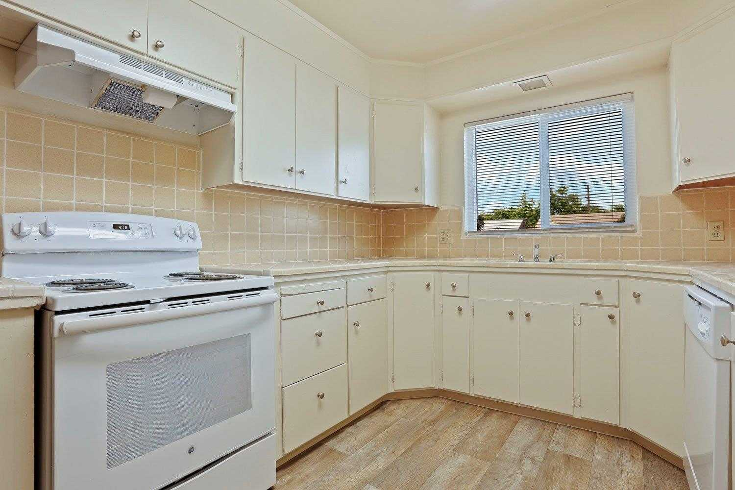 $249,000 - 2Br/1Ba -  for Sale in West Lane Heights, Stockton