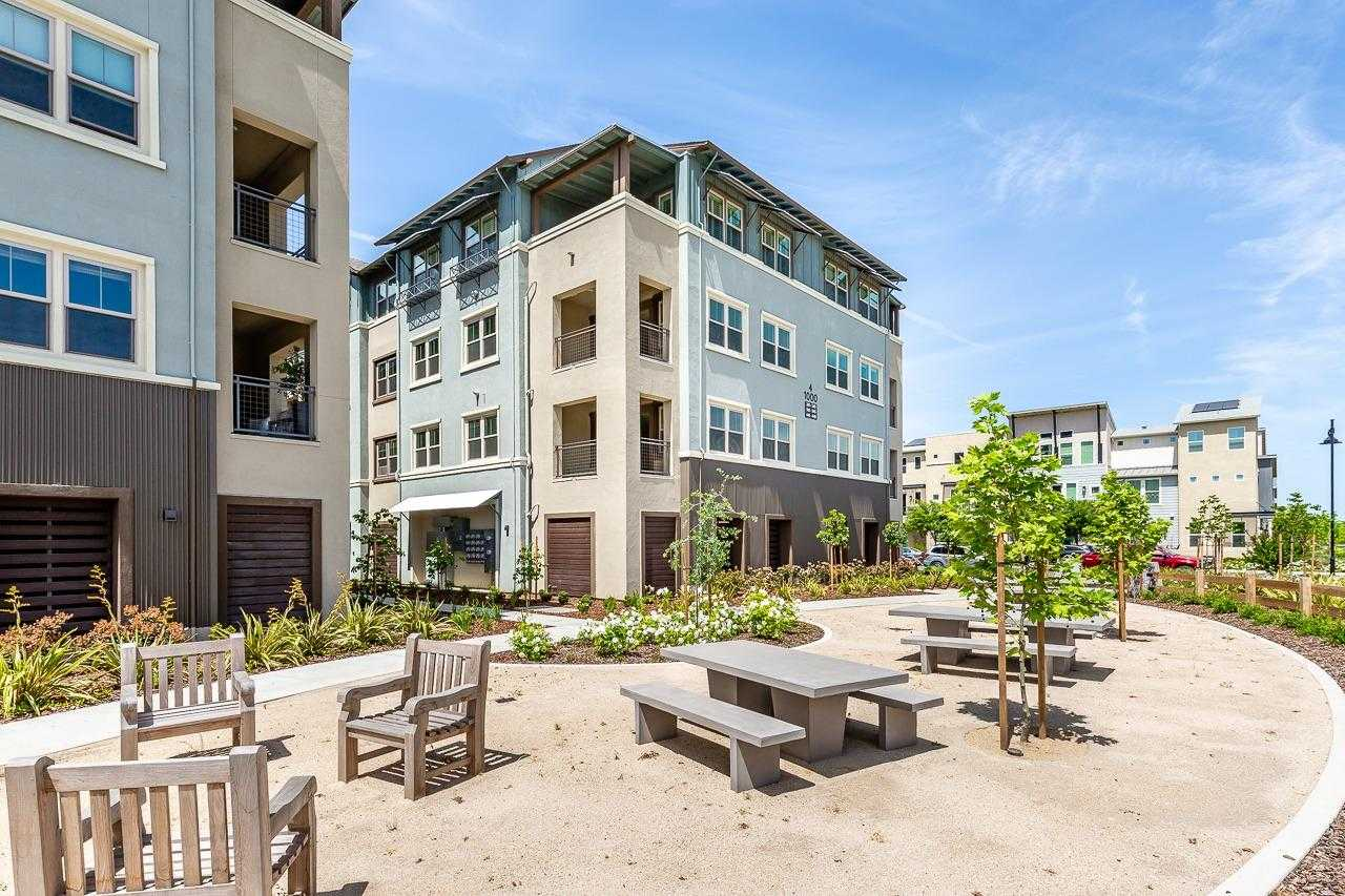 $669,000 - 3Br/3Ba -  for Sale in Gala @ The Cannery, Davis