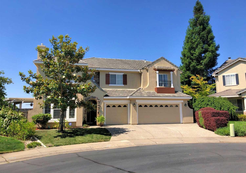 $750,000 - 4Br/4Ba -  for Sale in Rolling Hills Estates, El Dorado Hills