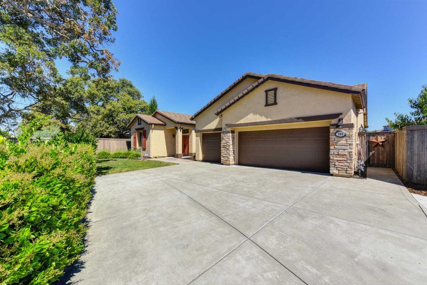 306 Mott Ct Lincoln, CA 95648