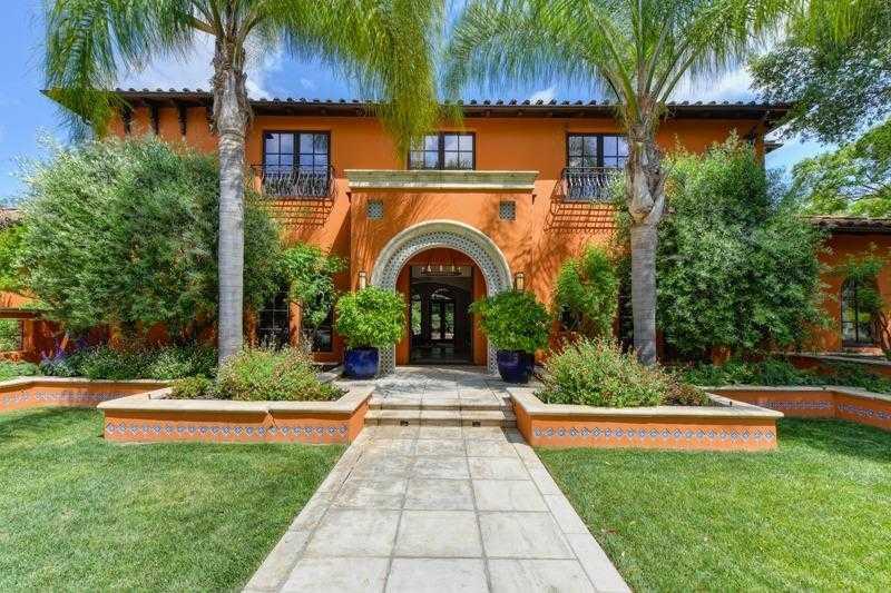 $3,750,000 - 5Br/7Ba -  for Sale in Sacramento