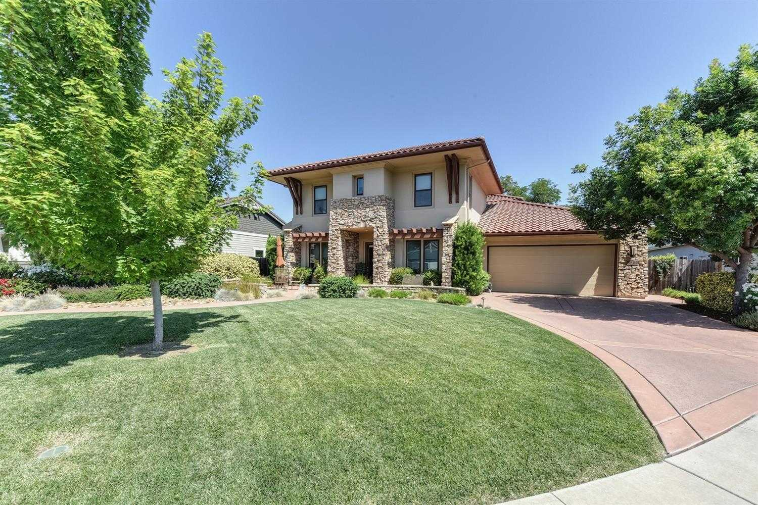 $1,399,000 - 5Br/3Ba -  for Sale in Cassel Lane, Davis