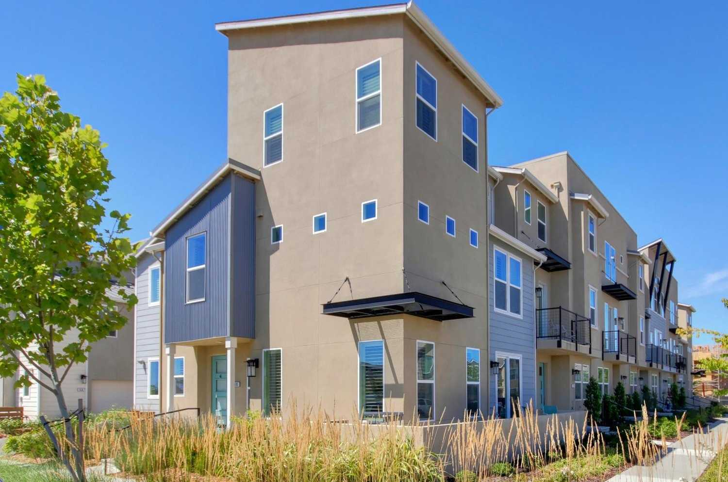 $633,000 - 4Br/4Ba -  for Sale in The Cannery, Davis