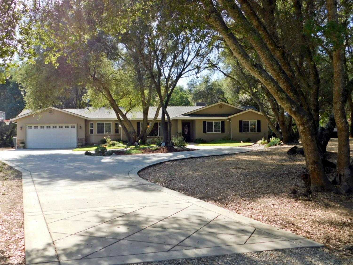 $775,000 - 3Br/2Ba -  for Sale in Loomis