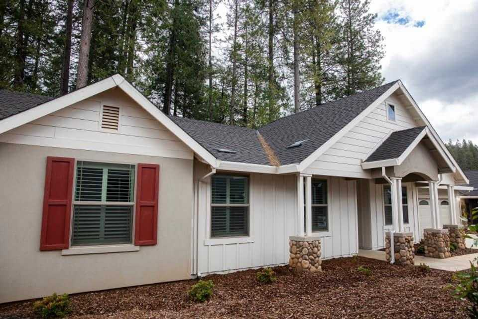 $569,900 - 4Br/2Ba -  for Sale in Grass Valley