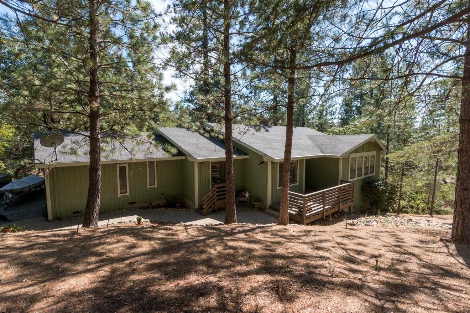 $479,000 - 4Br/3Ba -  for Sale in Placerville