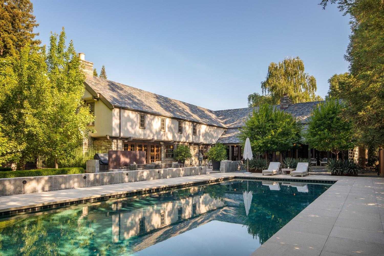 $3,750,000 - 4Br/6Ba -  for Sale in Sacramento