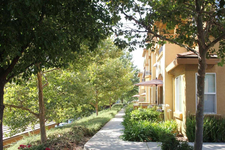 $385,000 - 2Br/2Ba -  for Sale in Lesarra, El Dorado Hills