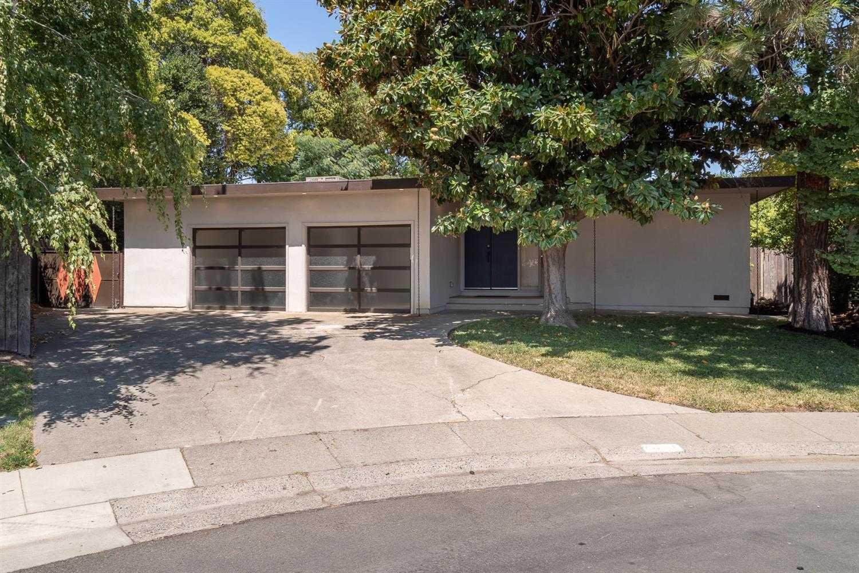 5110 Elmer Way Sacramento, CA 95822
