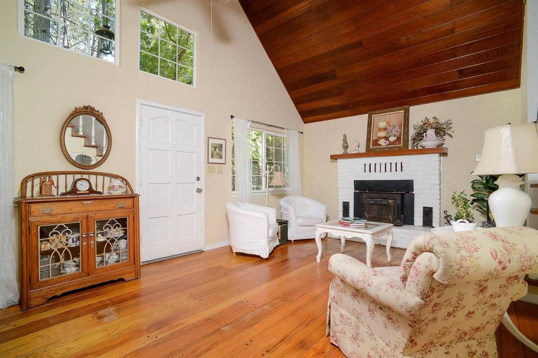 17201 Placer Hills Rd Meadow Vista, CA 95722
