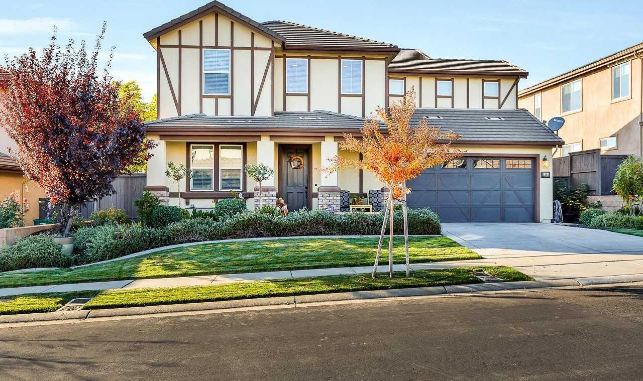 $630,000 - 4Br/3Ba -  for Sale in Blackstone, El Dorado Hills