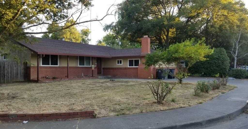 $749,000 - 5Br/3Ba -  for Sale in Davis