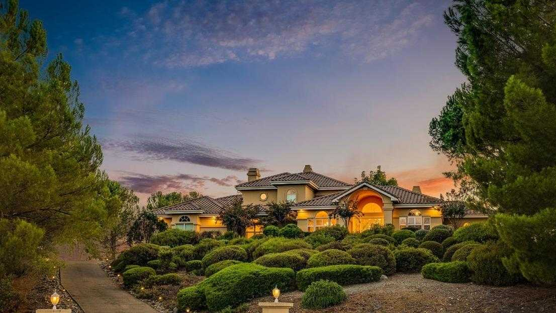 $998,000 - 4Br/3Ba -  for Sale in Greenstone Country, Placerville