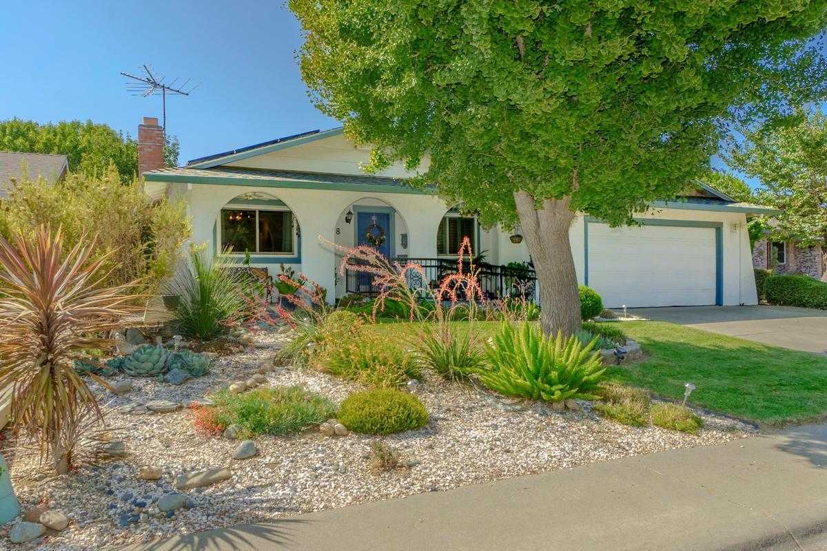 1728 Midway Dr Woodland, CA 95695