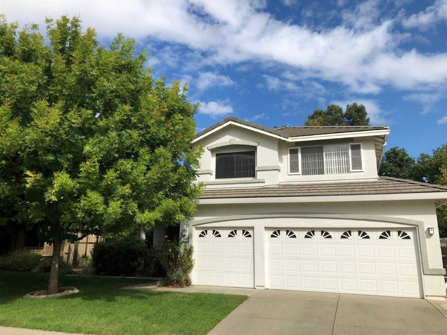 $729,000 - 4Br/3Ba -  for Sale in Davis