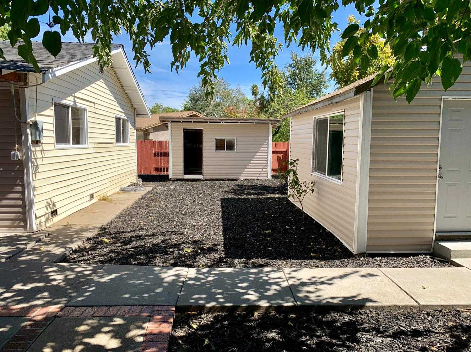 $339,900,000 - 4Br/2Ba -  for Sale in Sacramento