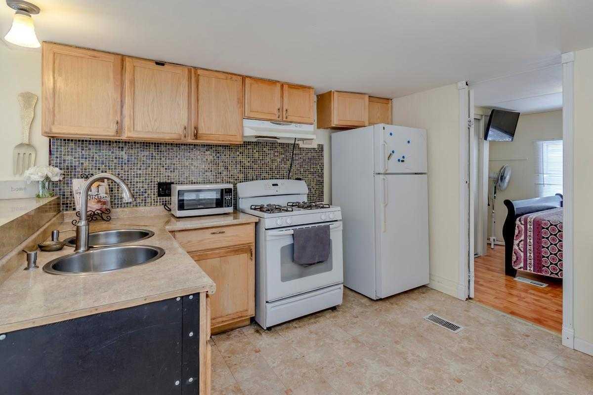 $39,900 - 3Br/1Ba -  for Sale in Davis