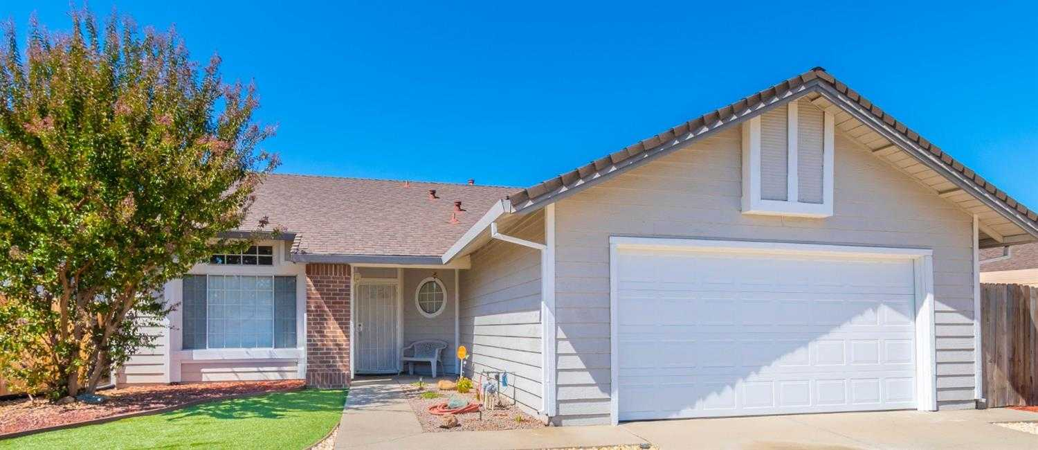 $399,900 - 3Br/2Ba -  for Sale in Sacramento