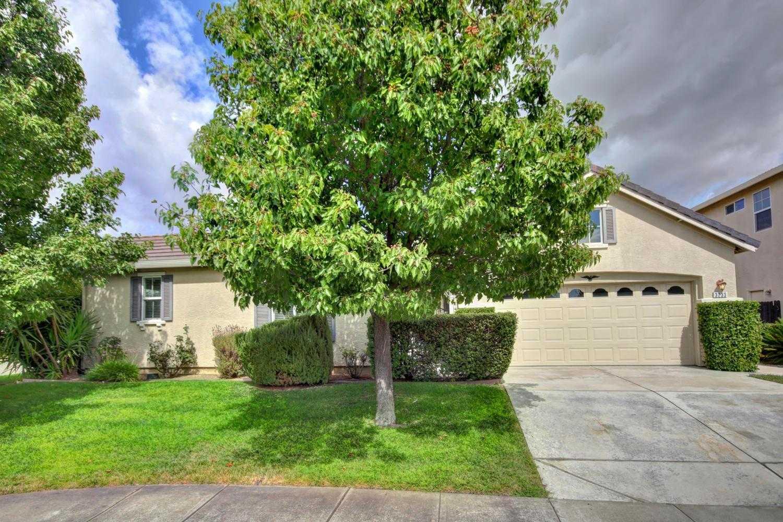 $474,000 - 4Br/2Ba -  for Sale in Natomas Creek Village 1, Sacramento