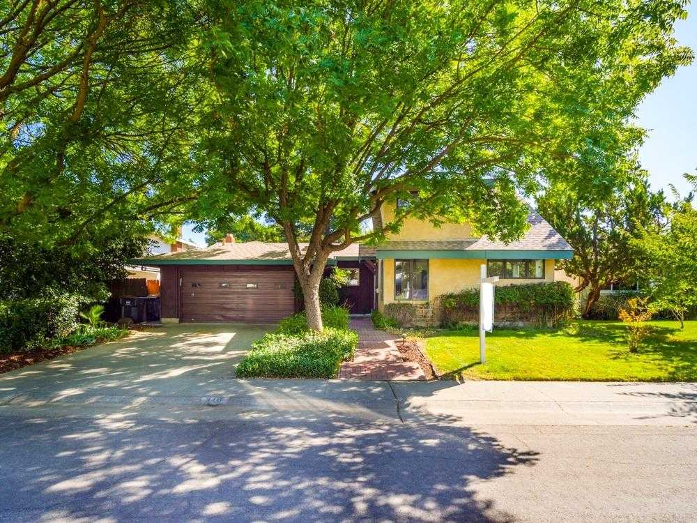 $740,000 - 4Br/2Ba -  for Sale in Covell Park, Davis