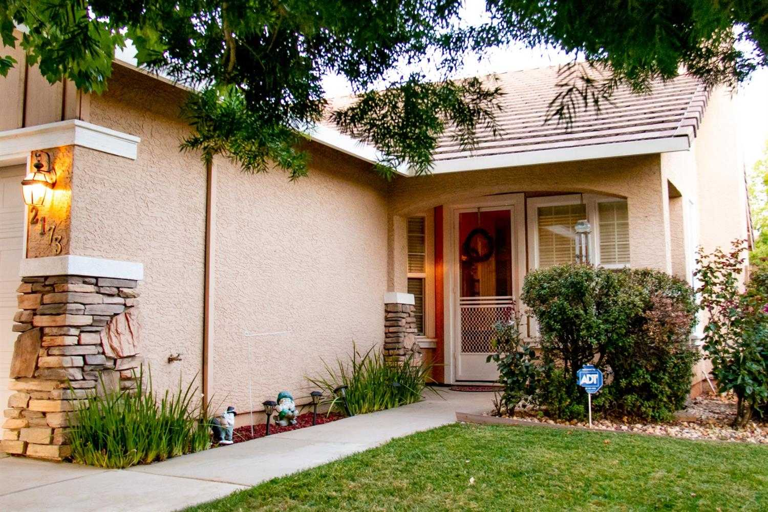 $432,900 - 3Br/2Ba -  for Sale in Lincoln