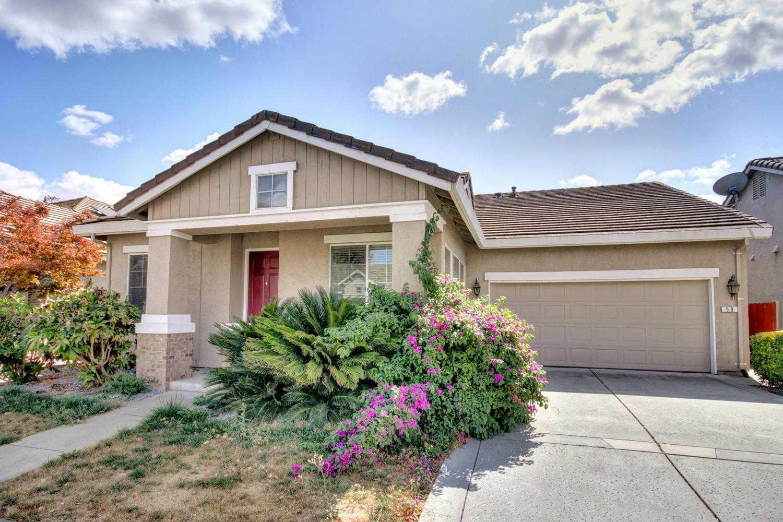59 Jarvis Cir Sacramento, CA 95834